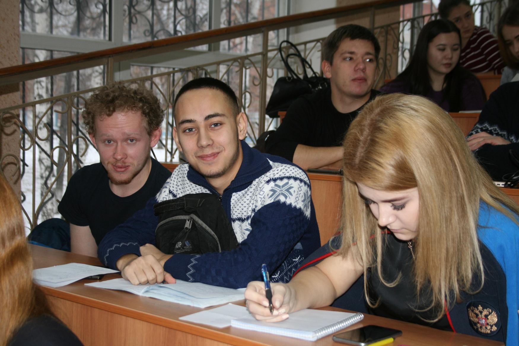 В СФ БашГУ ученые России и зарубежья обсуждают проблемы математического моделирования