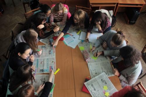 Московские школьники артем компьютер выпрыгнул со второго этажа игровые автоматы слоты fruit cocktail онлайн